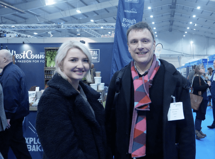 hamish and roseanna at trade show