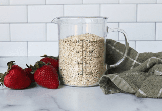 oats in jug with strawberries